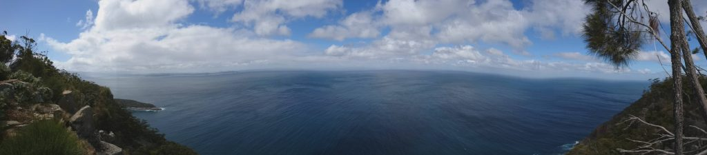 jour-5-pano-fluted-cape
