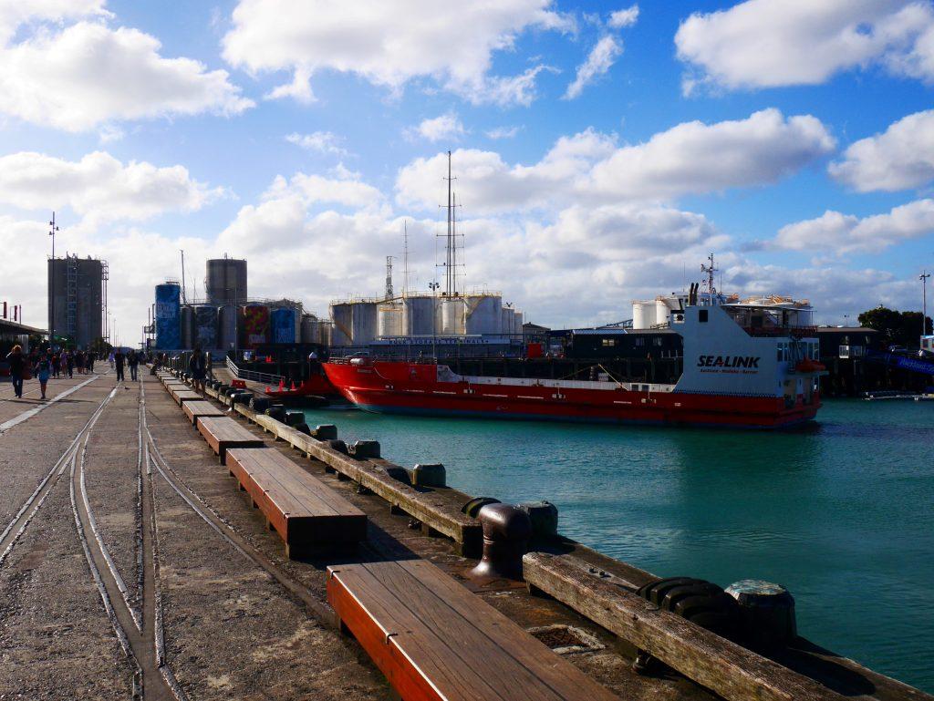 auckland-j2-dock