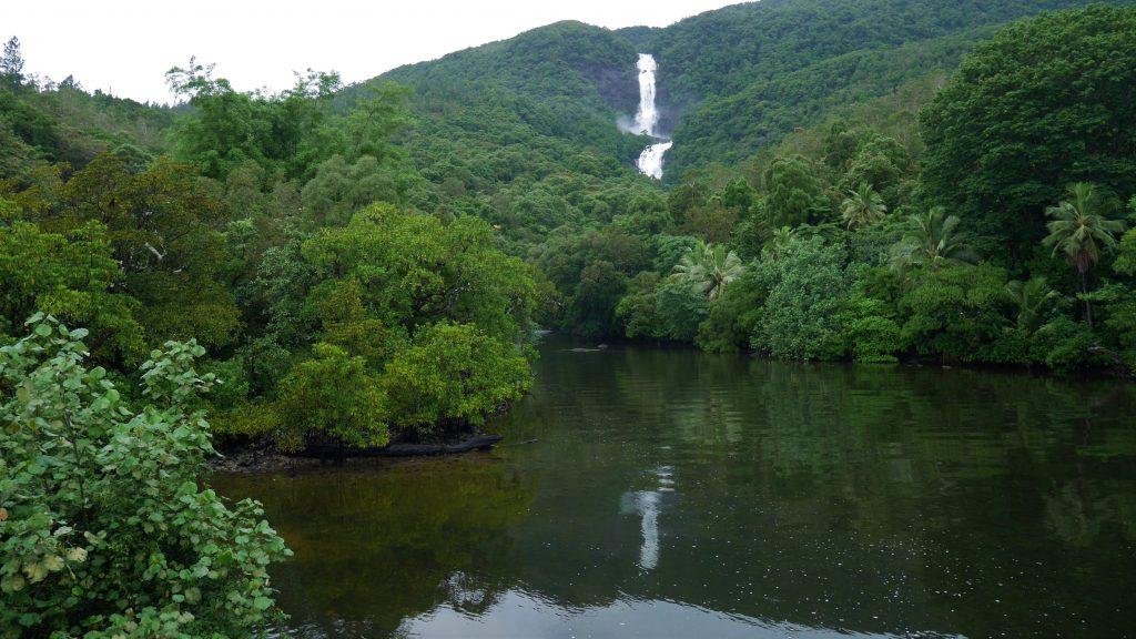 Une des cascades de Pouebo