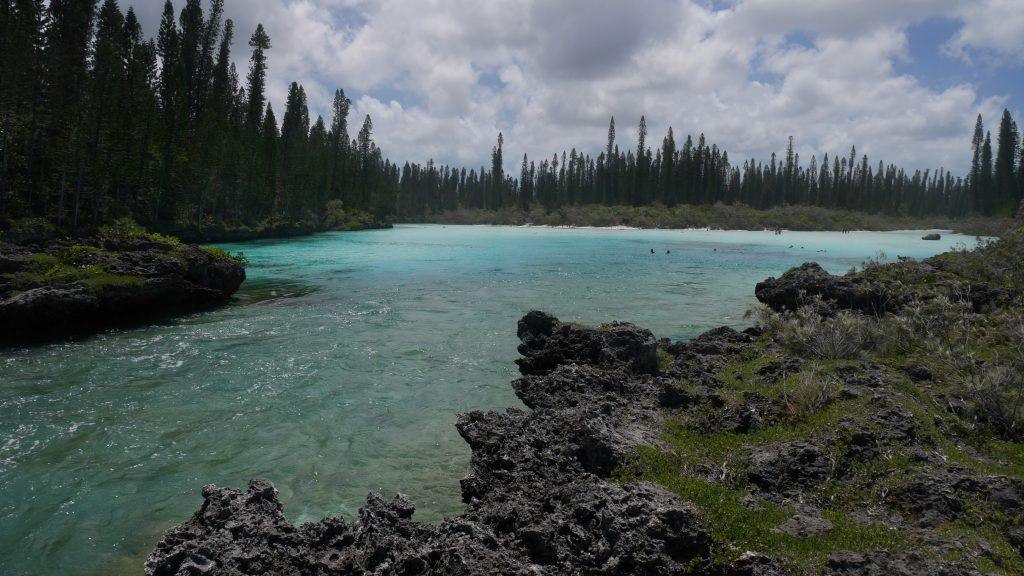 La piscine naturelle vue du côté océan