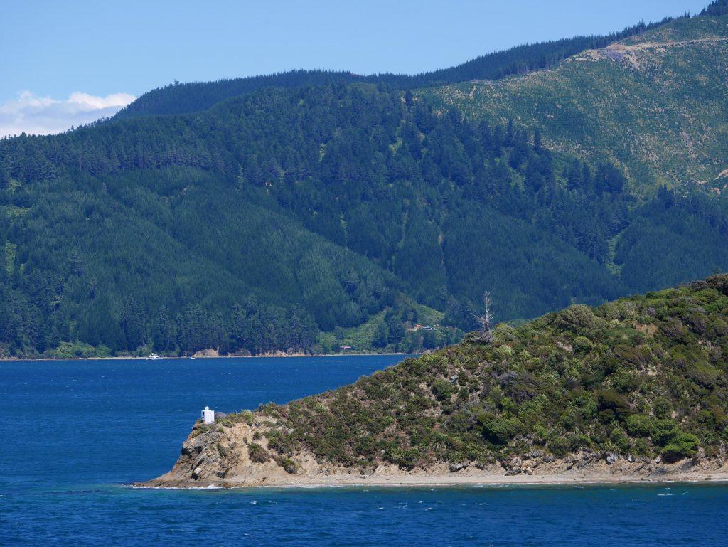 Un des phares du fjord