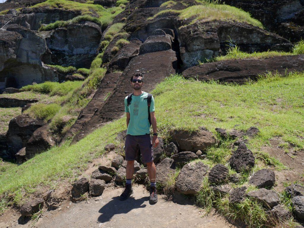 paques-j3-grand-moai-et-thomas