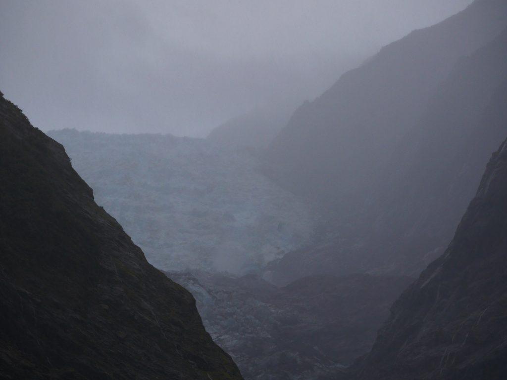 Le glacier Franz Joseph au loin