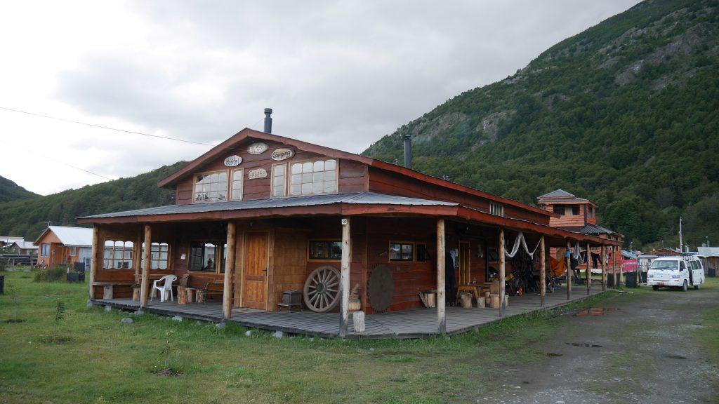 Le bâtiment principal du camping