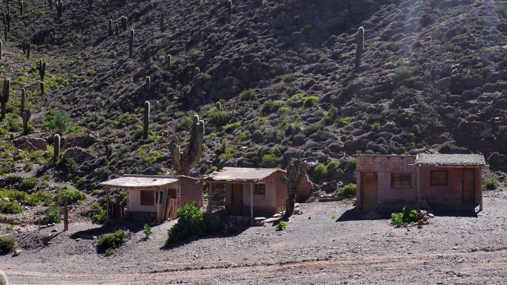 Les maisons près des gorges du diable