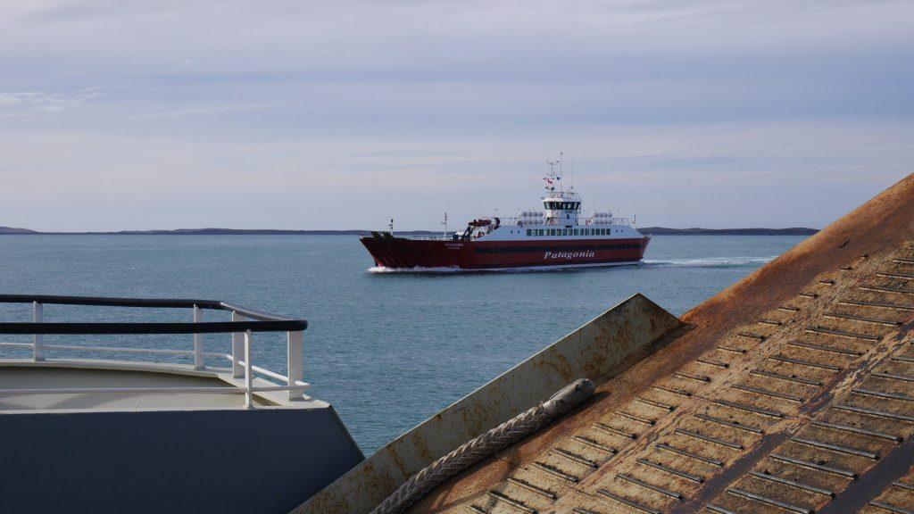 Notre ferry en croise un autre