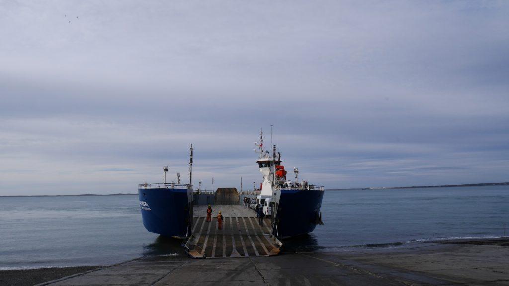 Notre ferry nous attend