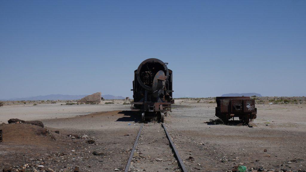 Dans le cimetière des trains