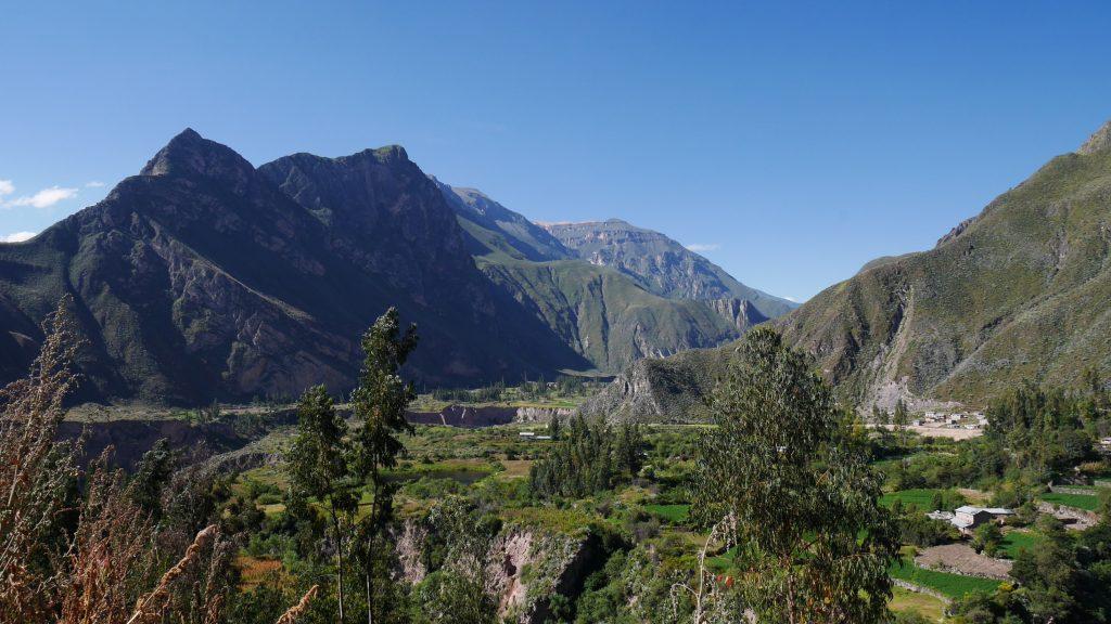 Vue sur la plaine de Cotahuasi